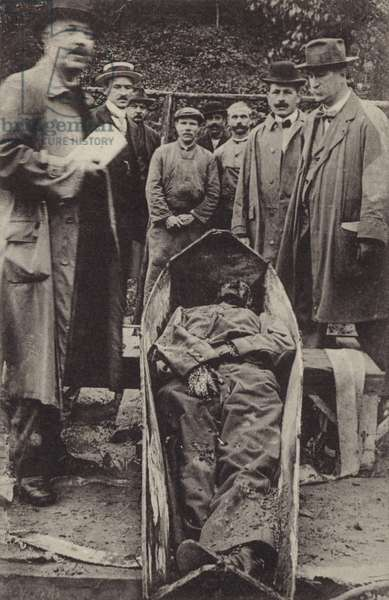 Body of a German soldier named Rammler, shot for refusing to shoot Edith Cavell (b/w photo)