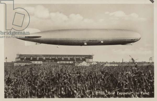 German airship Graf Zeppelin in flight (b/w photo)