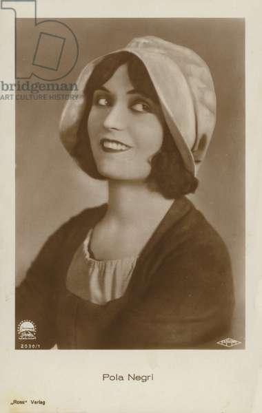 Pola Negri (b/w photo)