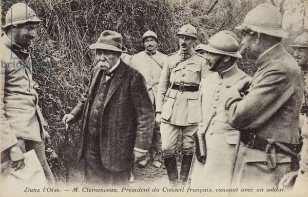 French Prime Minister Georges Clemenceau chatting to a soldier, Oise, France, World War I, 1917-1918 (b/w photo)