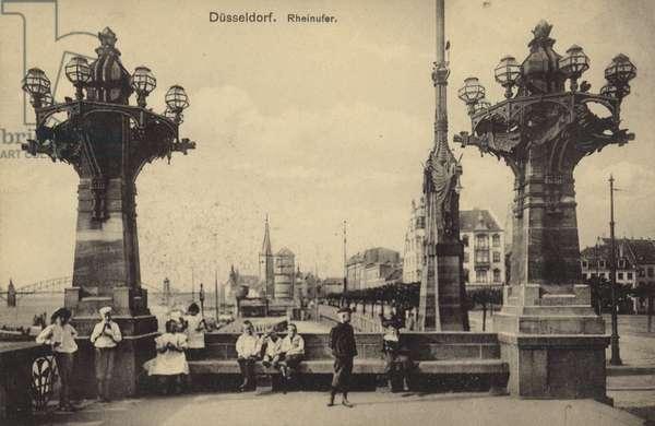 Dusseldorf - the Rhine (b/w photo)