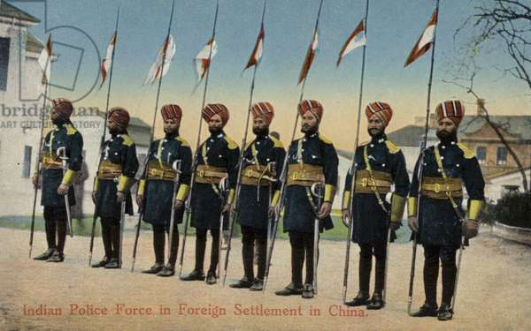 Indian Police Force in Foreign Settlement in China (photo)