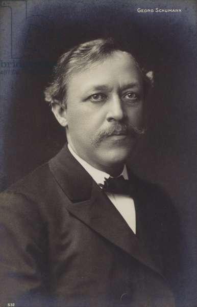 Portrait of Georg Schumann (b/w photo)