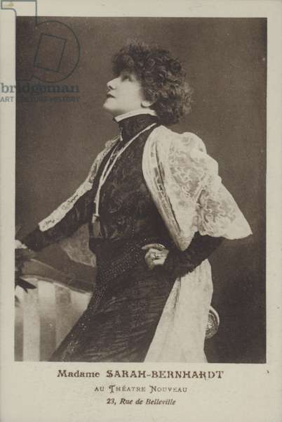 Sarah Bernhardt (b/w photo)