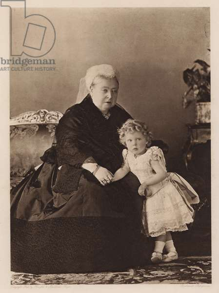 Queen Victoria and the future King Edward VIII (b/w photo)