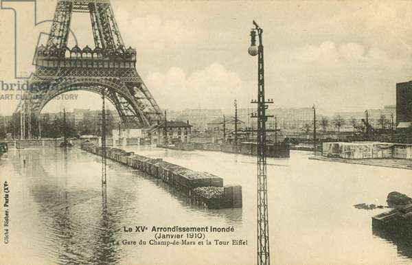 Gare du Champ de Mars at the Eiffel Tower, flooding in Paris, January 1910 (b/w photo)