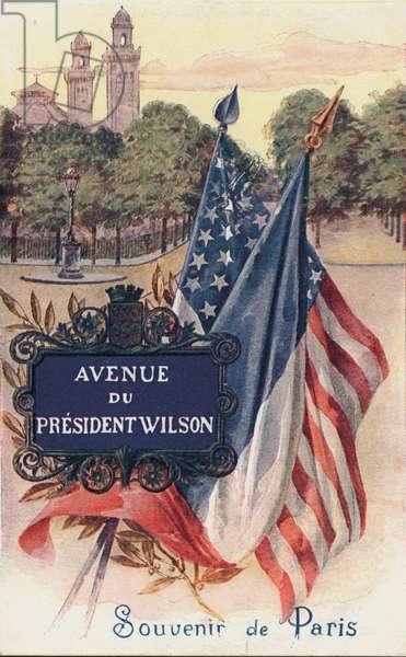 Avenue du President Wilson, Souvenir de Paris.  Postcard, early 20th century (colour litho)