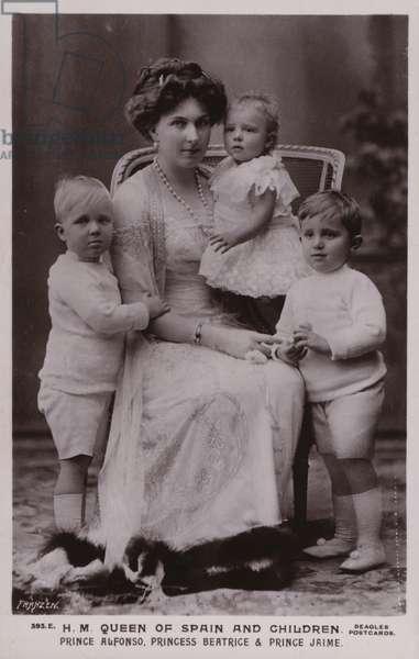 Queen Of Spain, children (b/w photo)