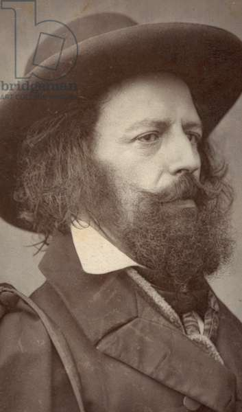 Alfred Lord Tennyson, poet, portrait (b/w photo)