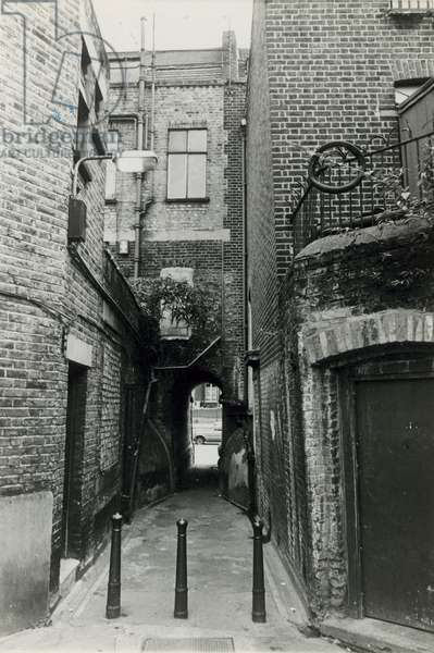 Jack the Ripper: Wood's Buildings, Whitechapel Road (photo)