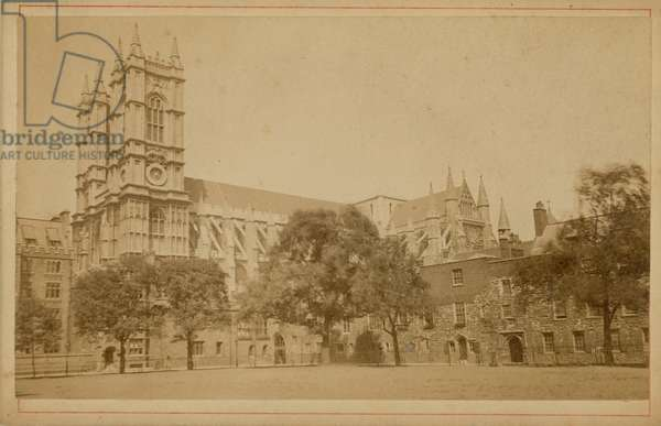 Postcard of Westminster Abbey (photo)