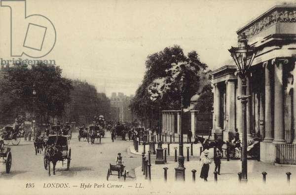 London, Hyde Park Corner (b/w photo)
