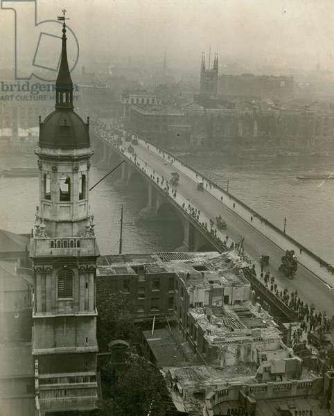 London Bridge, 18 August 1920 (photo)