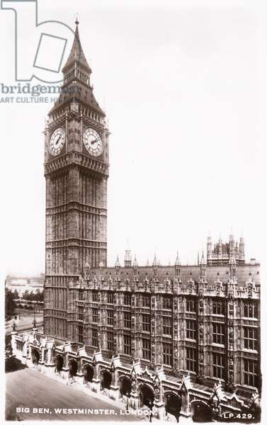 Houses of Parliament and Big Ben in Westminster (b/w photo)