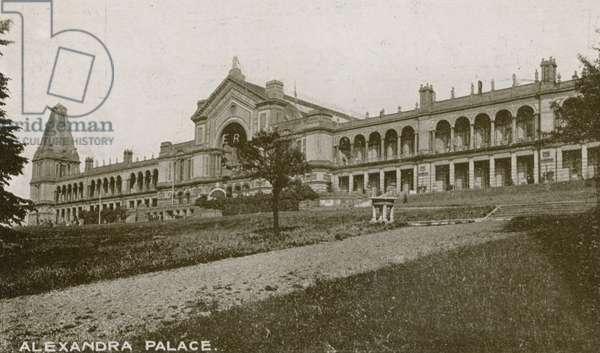 General view of Alexandra Palace (photo)