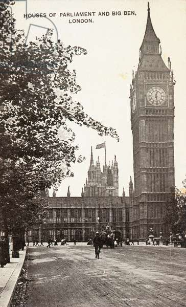 House of Parliament and Big Ben in Westminster (b/w photo)