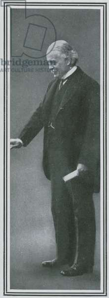 Lady Nancy Astor's sponsor, Lloyd George (photo)