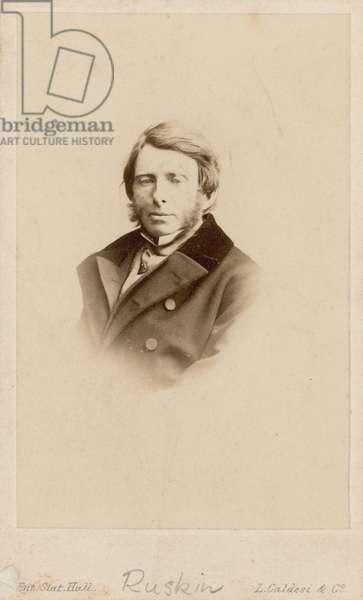 John Ruskin (photo)