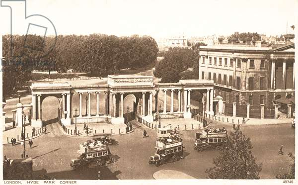 Hyde Park Corner at the entrance to Hyde Park (b/w photo)