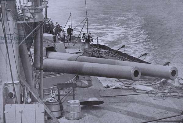 12 inch guns of a British dreadnought battleship, World War I (b/w photo)