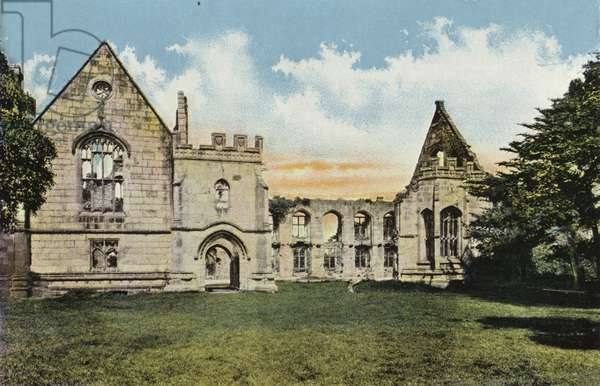 Wingfield Manor (photo)