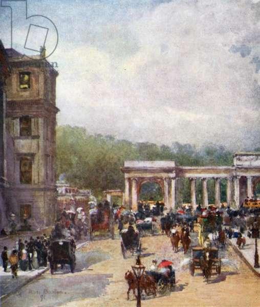 The Crossing, Hyde Park Corner