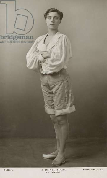 Hetty King, English music hall male impersonator, as Aladdin (b/w photo)