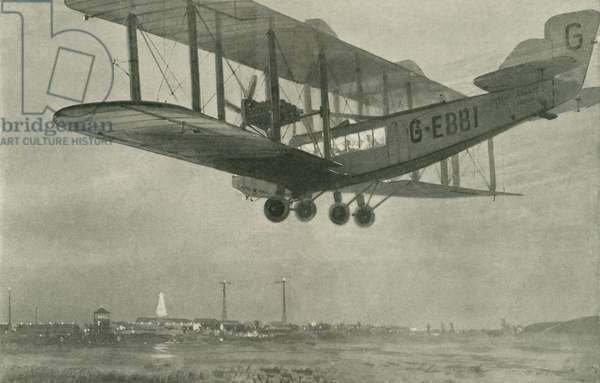 Imperial Airways Royal Mail airliner arriving at Croydon Aerodrome on a flight from Paris (b/w photo)