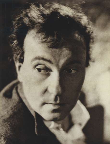 Ralph Richardson in the title role of Peer Gynt, Ibsen (b/w photo)