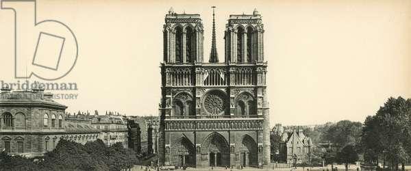 Paris, Notre-Dame, Notre-Dame Church (b/w photo)