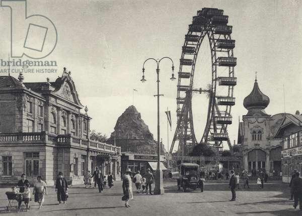 Vienna: Wurstelprater with Giant Wheel (b/w photo)