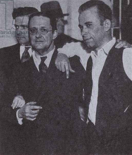 John Dillinger (right), American gangster, 1934 (b/w photo)