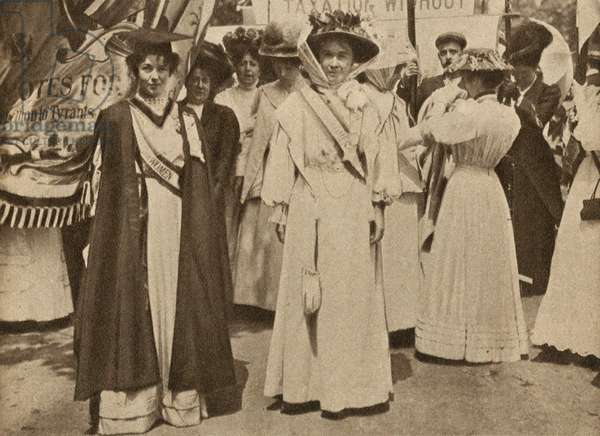 British suffragettes Emmeline Pankhurst and Emmeline Pethick-Lawrence at a demonstration in favour of votes for women, 1908 (b/w photo)