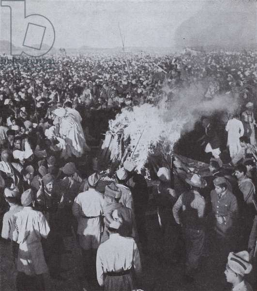 The funeral pyre of Mahatma Gandhi after his assassination, India, 1948 (b/w photo)