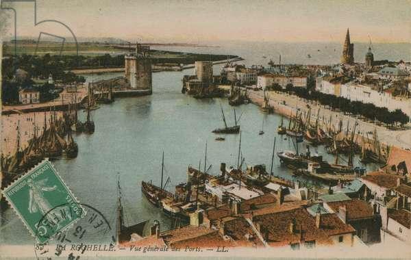 La Rochelle - view of the harbour. Postcard sent in 1913.