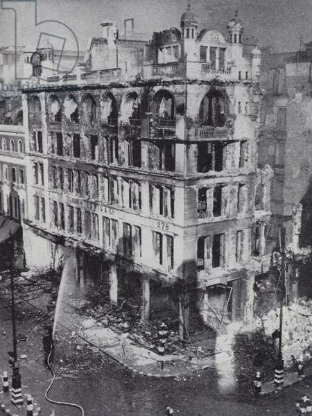 Burnt out store of John Lewis & Co on Oxford Street, London, after a German air raid during the Blitz, World War II, 17 September 1940 (b/w photo)