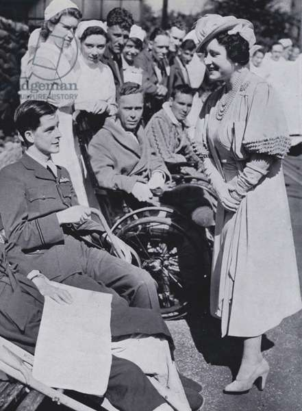 Elizabeth, Queen Consort to King George VI, visiting British serviciemen wounded at Dunkirk, 1940 (b/w photo)