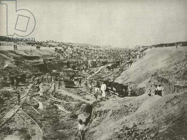 Building the Suez Canal, cutting through the desert (b/w photo)