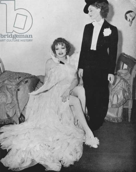Marlene Dietrich, Elizabeth Allen (b/w photo)