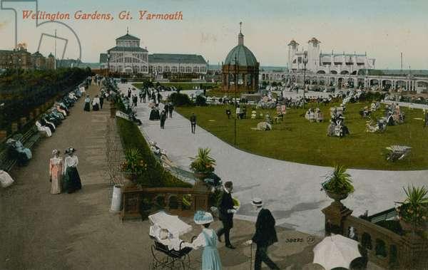 Wellington Gardens, Great Yarmouth. Postcard sent in 1913.
