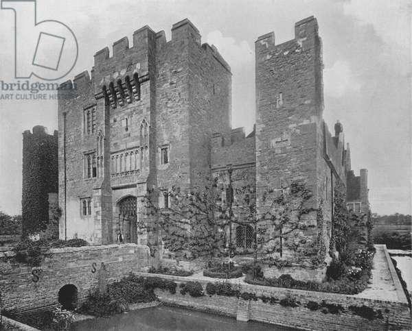 Hever Castle (b/w photo)