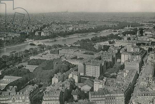 Vue sur les Champs-Elysees et le Sacre-Coeur prise de la Tour Eiffel, View on Champs-Elysees and Sacre-Coeur taking from Eiffel Tower (photogravure)