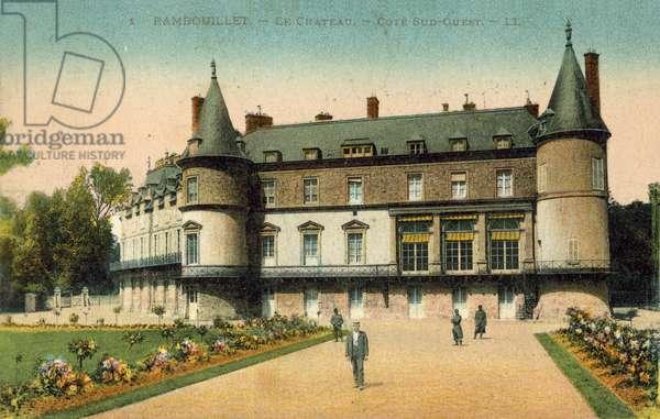 Chateau de Rambouillet, Ile-de-France (colour photo)