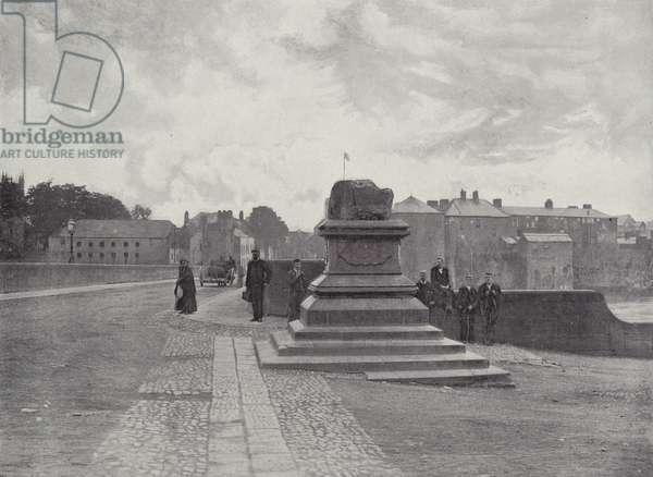 Limerick, The Treaty Stone, Thomond Bridge, and Castle (b/w photo)