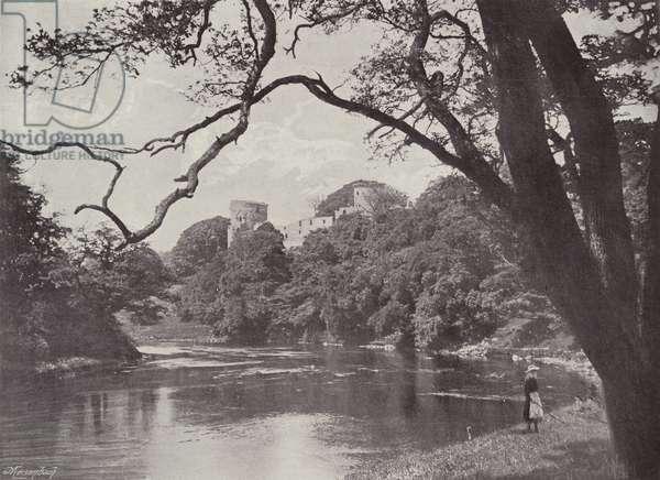 Bothwell Castle (b/w photo)