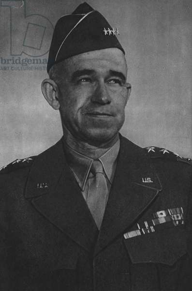 Lieutenant-General Omar N Bradley, Commander 12th Army Group (b/w photo)