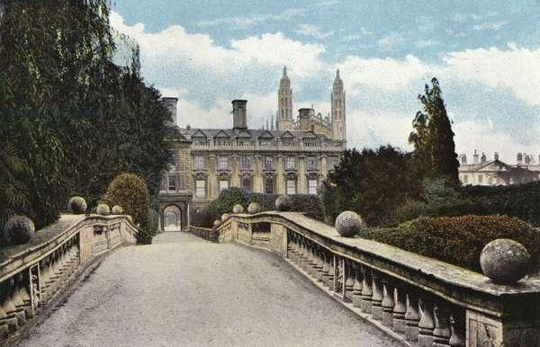 Clare College and Bridge (photo)