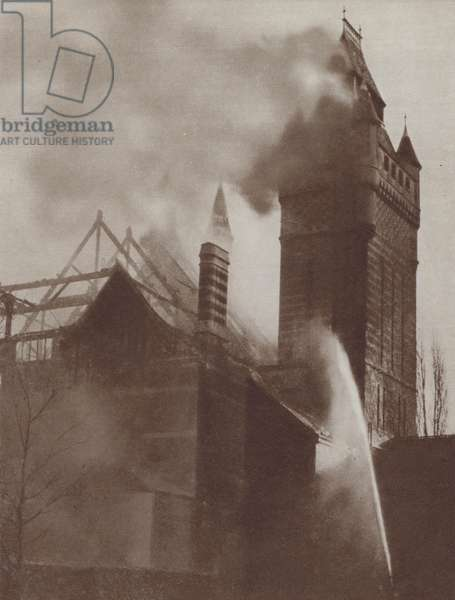 Fire at the Shakespeare Memorial Theatre, Stratford-on-Avon, Warwickshire, 1926 (b/w photo)