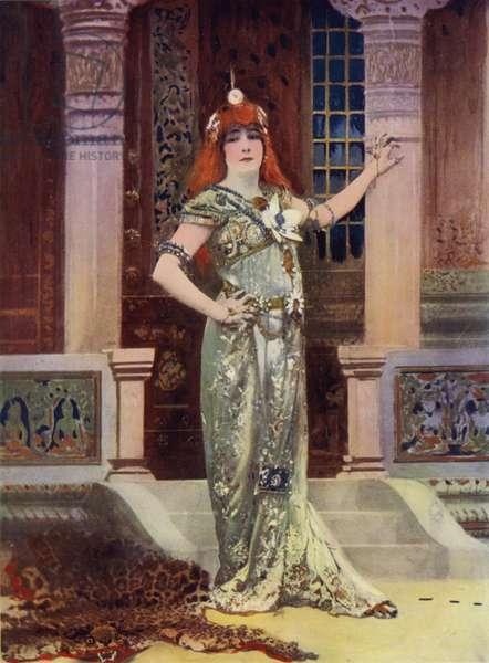 Madame Sarah Bernhardt in Iseyl (colour photo)