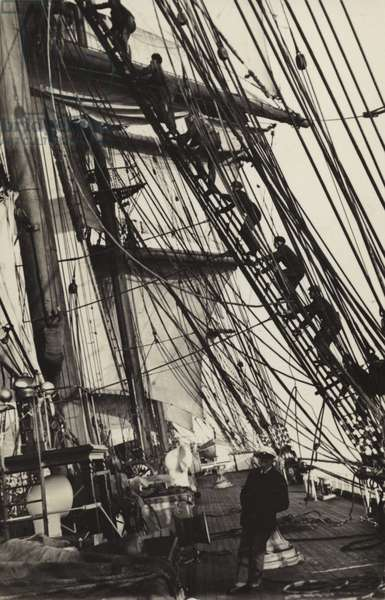 Climbing the rigging on board the Herzogin Cecilie (b/w photo)
